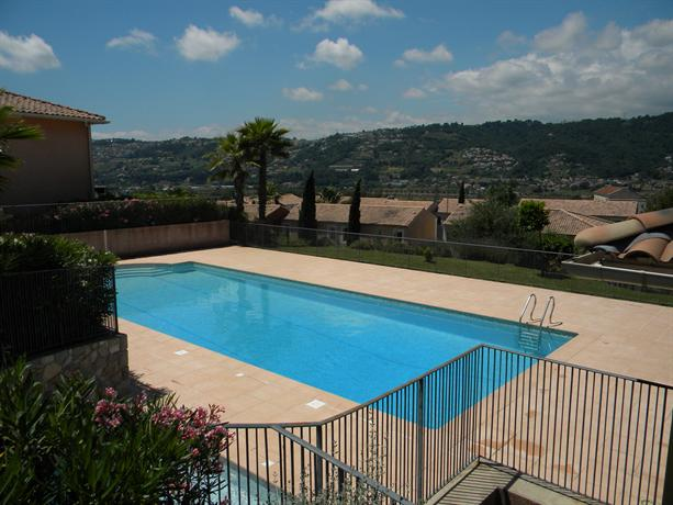 2pcs calme dans residence avec piscine nice compare deals - Hotel avec piscine nice ...