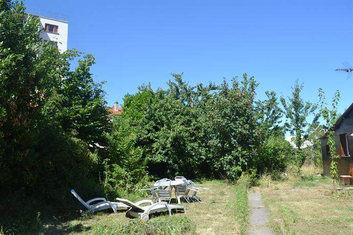Maison avec jardin 700m2 11 mn de paris aulnay sous bois compare deals - Jardin zen maison aulnay sous bois ...