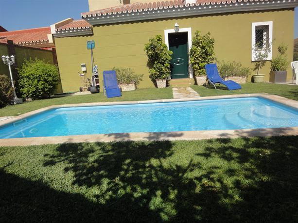 Villa cercana a la playa con piscina privada velez malaga for Villas con piscina privada