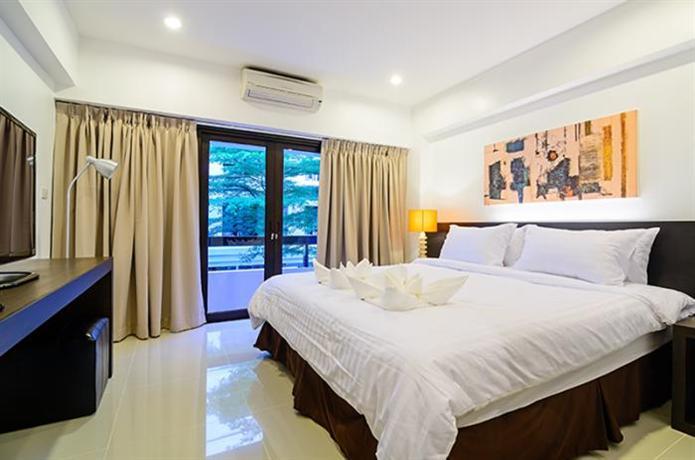Bangkok UMA Residence