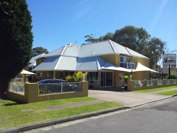 Admiral Nelson Motor Inn Nelson Bay Compare Deals