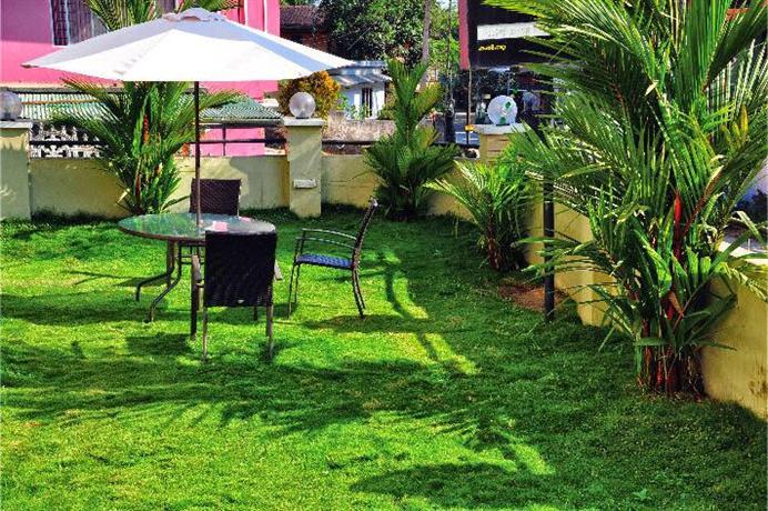Kerala Baño Infantil:Wayanad Cliff Hotel Apartments, Kalpetta: encuentra el mejor precio