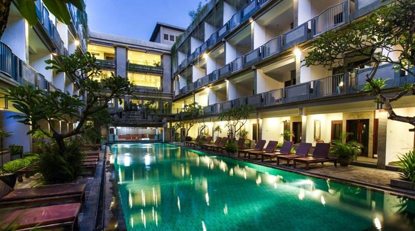 Champlung mas hotel bali legian compare deals for Bali indonesia hotel booking