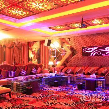Tailong Hongrui Hotel Kunming  Compare Deals. Cortijo San Ignacio Golf Hotel. Hotel Laaxerhof. Binh Minh Cable Car Resort. Steung Siem Reap Hotel. Convent De La Missio Hotel. Auchrannie Resort. Amble At Hahndorf B&B. Quinta Real Aguascalientes Hotel