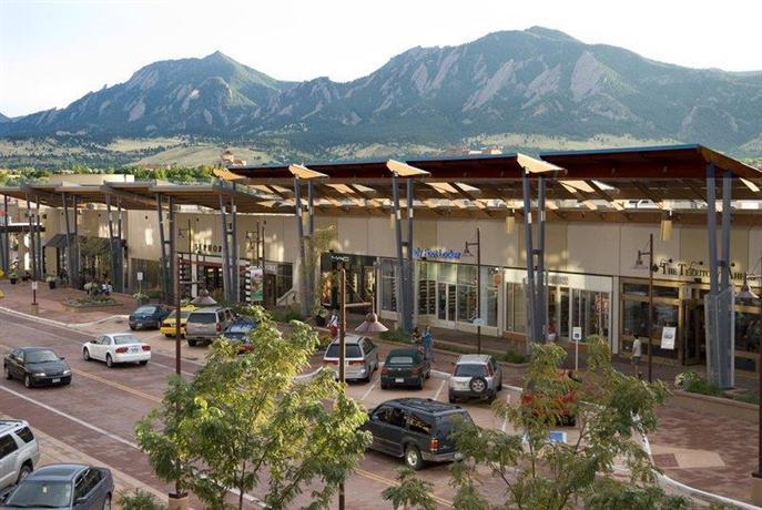 BEST WESTERN PLUS Boulder Inn  pare Deals