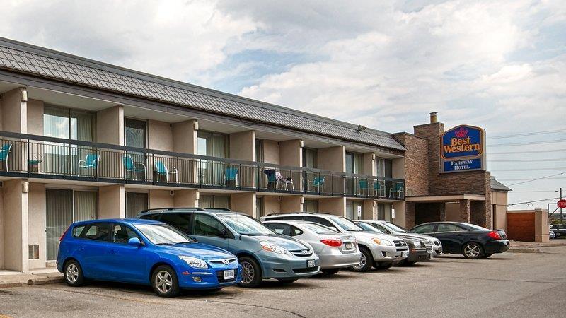 Best western parkway hotel toronto north markham for Best western toronto