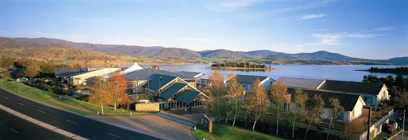 Snowy mountains summer accommodation deals