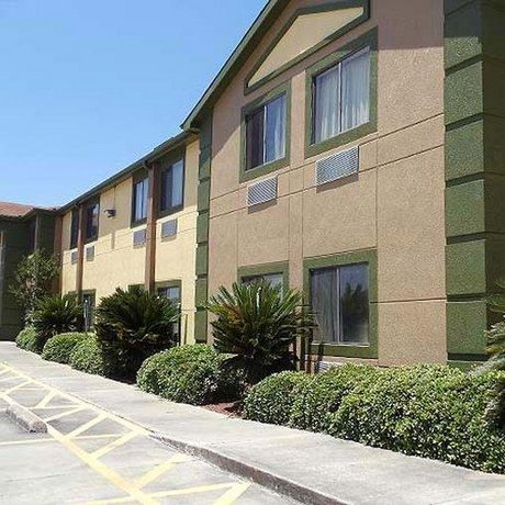 Best Texan Inn and Suites