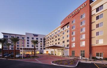 Country Inn & Suites by Radisson Chandler