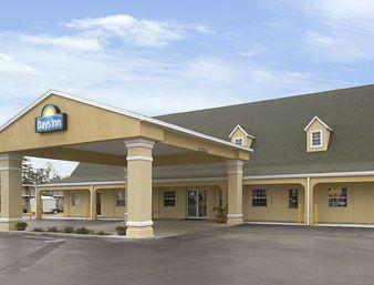 Days Inn by Wyndham Lake City I-75