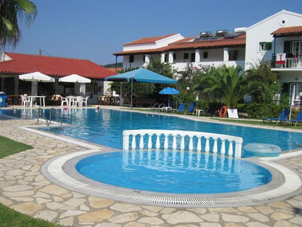 Takis & Efi Apartments