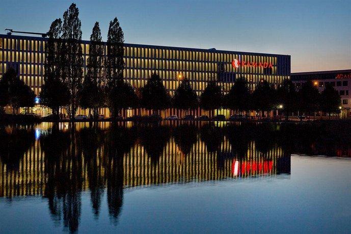 H4 Hotel Munchen Messe