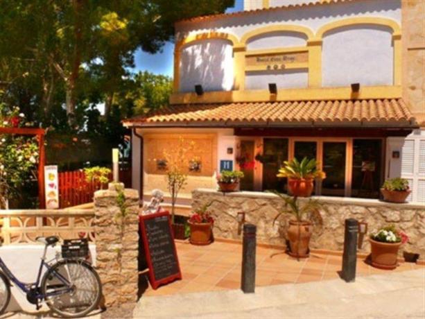 Entrepinos Hotel and Spa Formentera