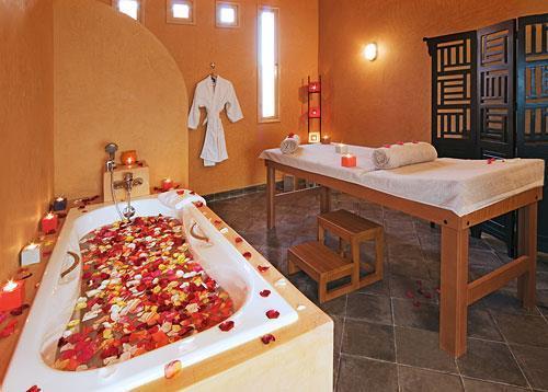 Domaine des remparts hotel spa marrakech compare deals for Chambre a part couple