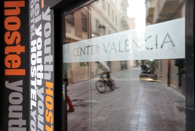 Center Valencia Youth Hostel