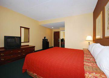 Quality Inn Cromwell / Middletown