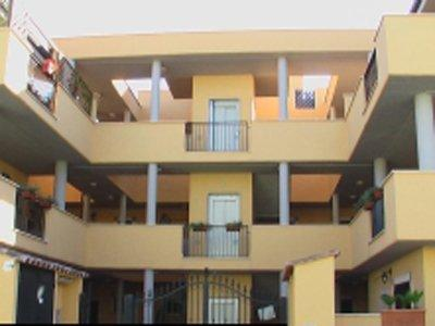 Residence la maison jolie fiumicino compare deals