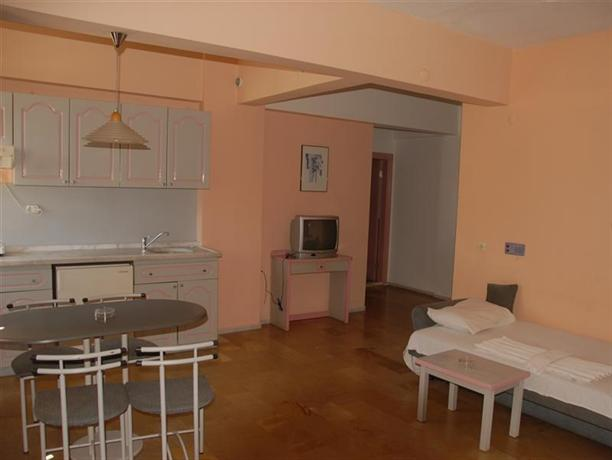 Cleopatra sud princess aparthotel alanya compare deals for Apparthotel sud