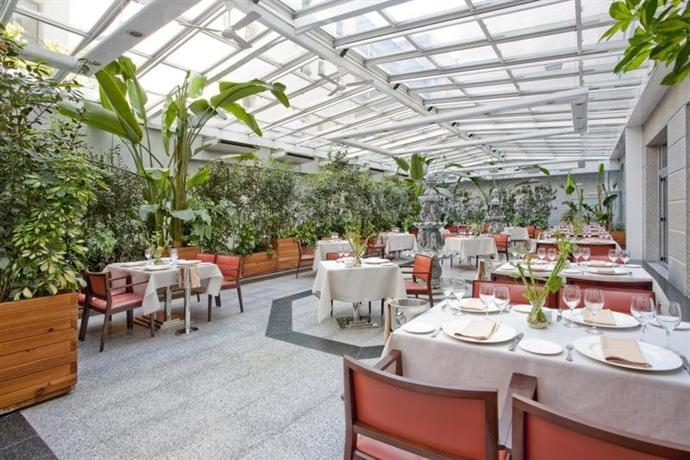 Vp jardin metropolitano madrid compare deals for Vp jardin metropolitano