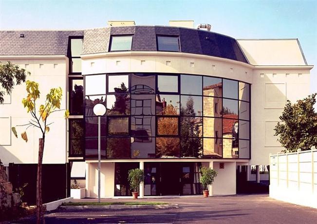 appart 39 hotel victoria garden bordeaux compare deals. Black Bedroom Furniture Sets. Home Design Ideas