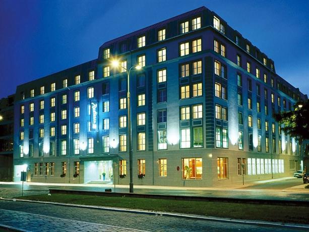 Radisson blu hotel wroclaw compare deals for Hotels wroclaw