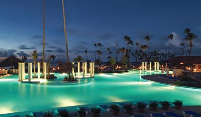 Gran melia golf resort puerto rico hato candal compare for Gran melia hotel