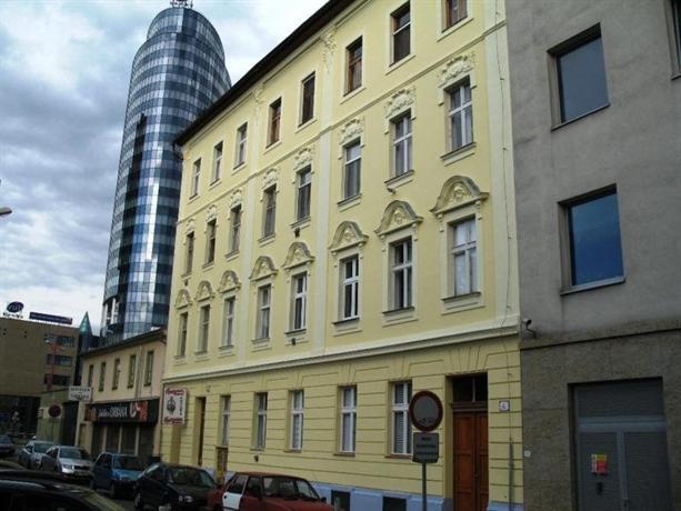 Apartments maly trh bratislava compare deals for Bratislava apartments