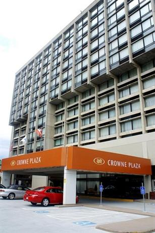 Crowne plaza boston newton hotel compare deals for 24 jackson terrace newton ma