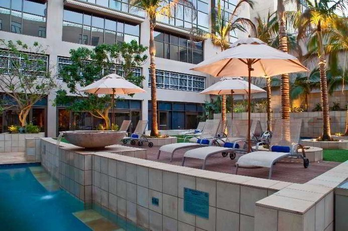 Elegant HotelsCombined