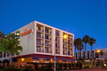 About Crowne Plaza Redondo Beach Marina