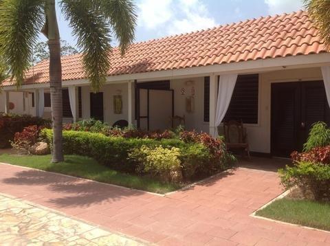 Bahia Salinas Beach Resort & Spa