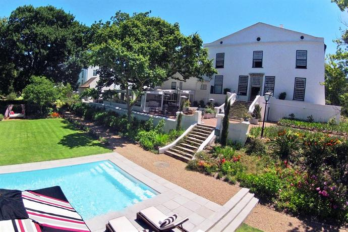 Alphen boutique hotel cape town compare deals for Alpen boutique hotel