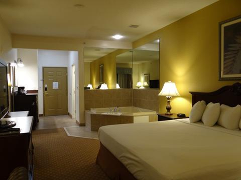 About Country Inn U0026 Suites By Radisson Salisbury MD