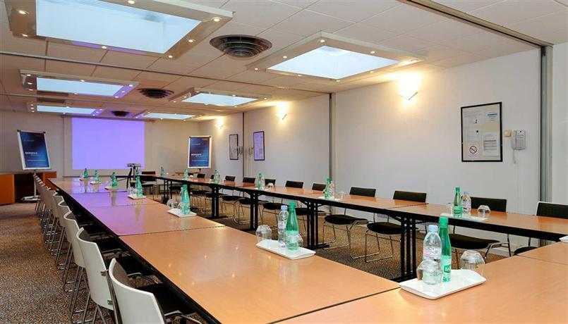 Novotel thalassa le touquet compare deals for Salon hpa touquet
