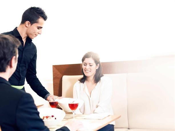online dating Sevilla Spanje QSC K10 aansluiting