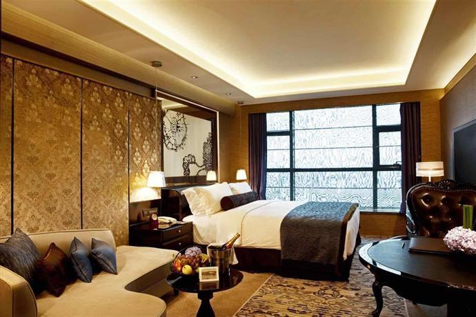 Sofitel shanghai jing 39 an huamin hotels shanghai for Piscine quartier chine