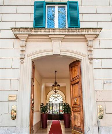 Fabio massimo design hotel rome compare deals for Hotel design rome