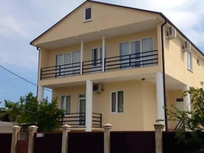 Rozalin Guest house