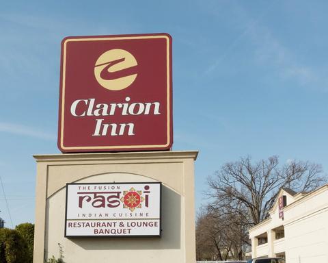 Clarion Inn & Fundome