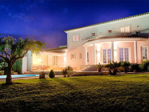 Interhome casa mundo peralada compare deals - Hotel casa vilella ...