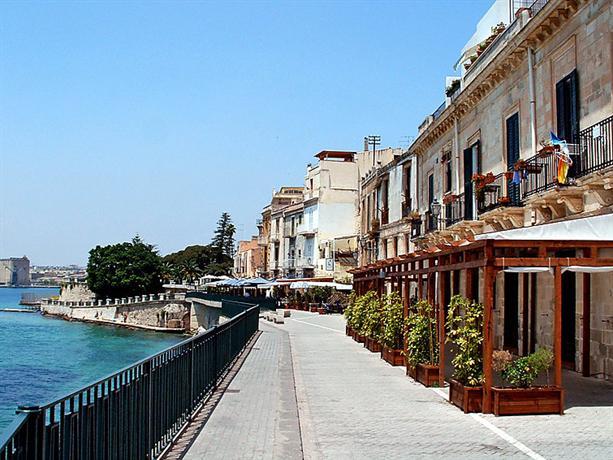 Interhome alfeo siracusa confronta le offerte for Offerte hotel siracusa