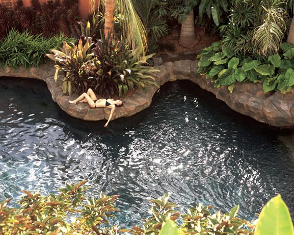 Hotel Kura Hulanda Spa & Casino