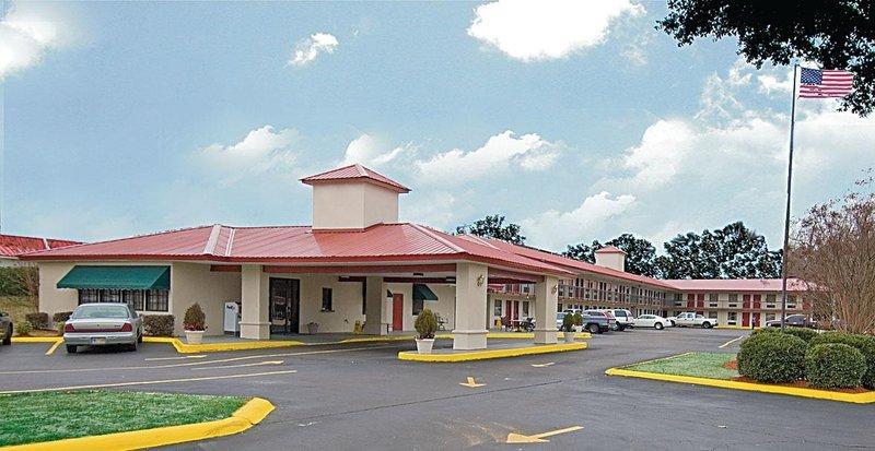 Northeast College Inn Booneville