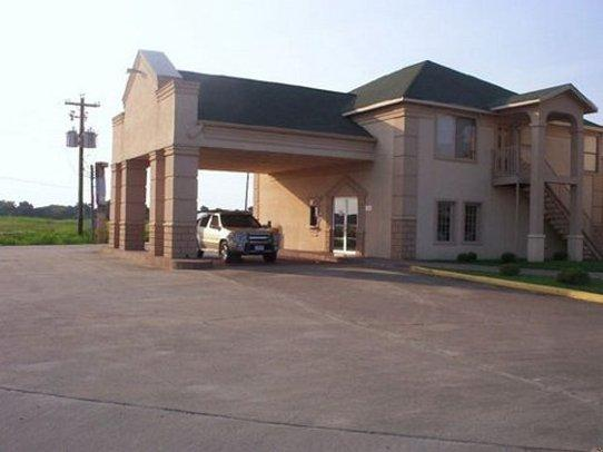 Regency Inn and Suites Rosenberg