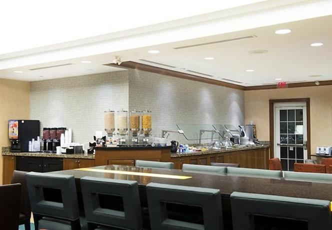 Hotels On Airport Road Mississauga