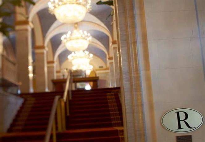 Renaissance Cleveland A Marriott Luxury & Lifestyle Hotel