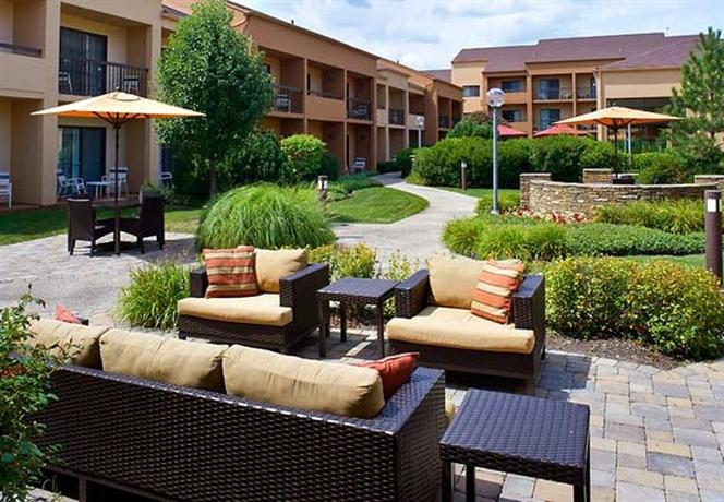 Courtyard hotel chicago oakbrook terrace offerte in corso for 6 transam plaza dr oakbrook terrace il 60181