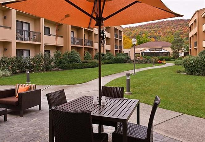 Courtyard by Marriot Mahwah