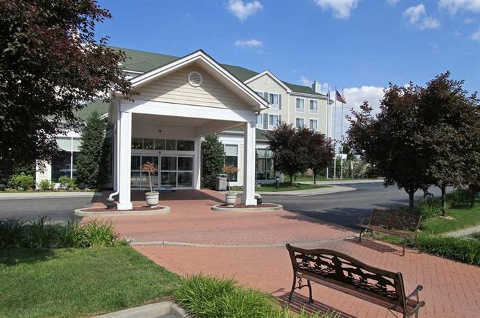 Hilton Garden Inn Westbury East Garden City Compare Deals