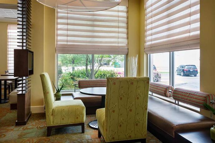 Hilton Garden Inn Newport News Compare Deals